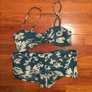 Calvin Klein Size 6 Bikini Green Floral